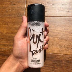 Mac Fixt Pink lite prep+prime spray!